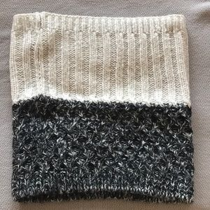 Two-toned infinity scarf